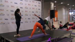 413. Е. Ульмасбаева - Многогранная йога для фитнеса 1